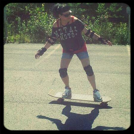 Skateboarding Somemorestore Akaa Just Chillin'