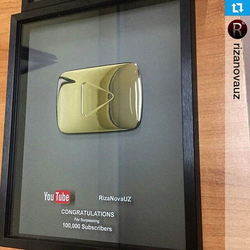 Repost @rizanovauz ・・・ УРАААА!!! Серебряный значок от Youtube именное для Rizanova Rizanovauz Урааааа удачи @rizanovauz 👍✌👍👍