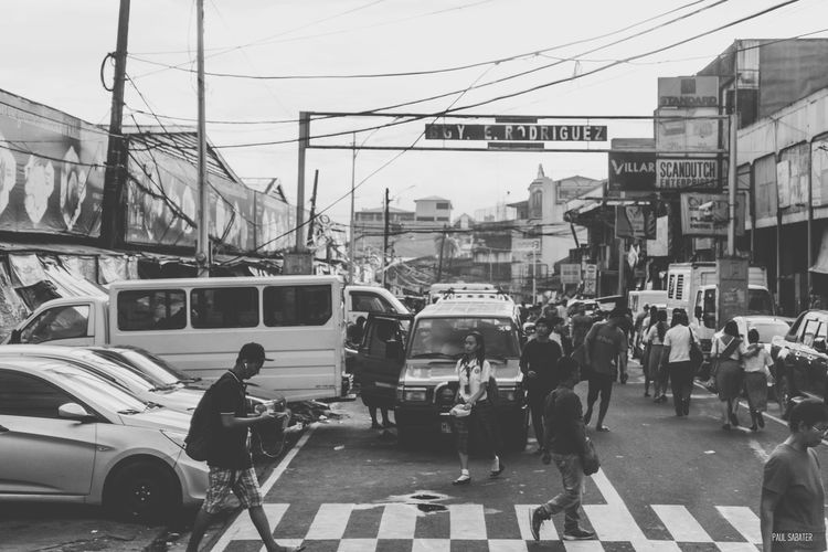 Street Road Walking Person People Workers Students Merchants Market Crossroad Road Streerphotography Black And White Town Shantytown Eyeem Philippines Album Eyeem Philippines EyeEm Manila