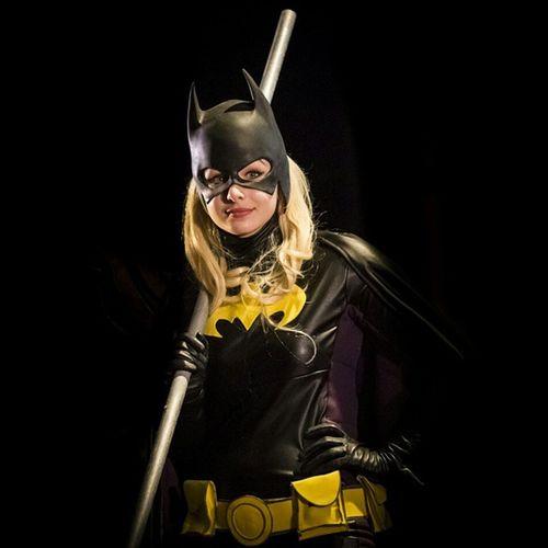 Girl, Batgirl Batman Batwoman Batgirl Dccomics marvel thedarkknight yellow comicon cosplay