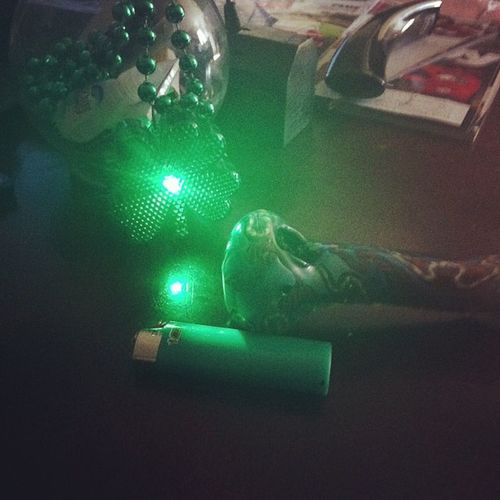 @taylorjanexoxo of course HahaAllgreen Out Gree Bowl greenlightergreenpocketsthinkinggreen