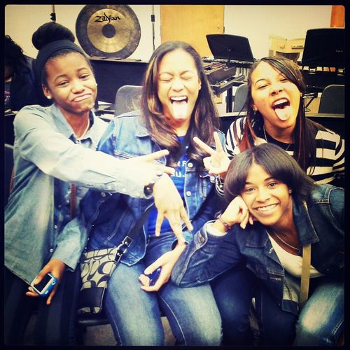 me and my chicas the other day.. ft Jorden (left) Taylor (2nd) Sayja (3rd) and ME (right)