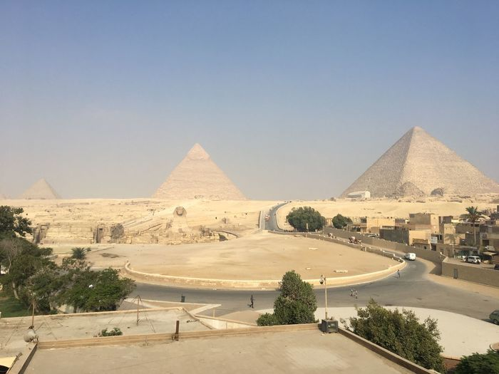 Piramids at Giza Sky Architecture Built Structure Travel Destinations Desert History The Past Pyramid Travel Sand Building Exterior Ancient Civilization Ancient Clear Sky No People Day Land