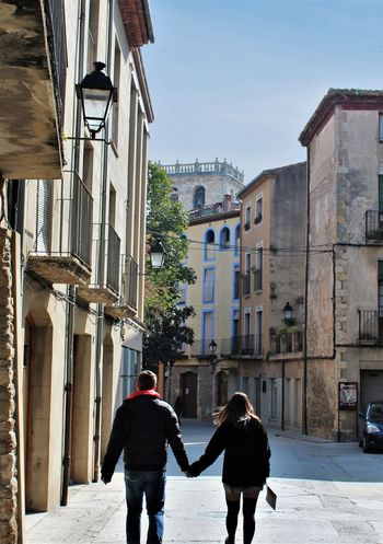 El Amor Besalú Architecture Bonding Couple - Relationship Love Real People Rear View Togetherness Two People The Street Photographer - 2018 EyeEm Awards