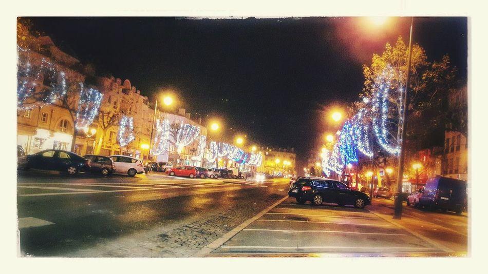 Christmastime Christmas Lights Illuminated Trees Illuminated Streets Illuminated City Night Nightphotography Night Lights Night View Nightshot EyeEm Gallery Eyeem Photography Eye4photography