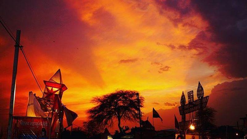 Simhasthaujjain2016 Kumbhmela Kumbha Ujjain Sunset Cloud India Gate People Orange Contrast Tree Sadhus Amazing Experience