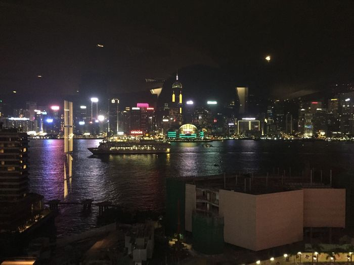 Hong Kong SkylineNighttIlluminateddCityyArchitectureeBuilding ExteriorrReflectionnBuilt StructureeCityscapeeWaterrNo PeopleeTravel DestinationssSkyscraperrSkyyModernnOutdoorssUrban SkylineeSkylineeHongkongskylinee