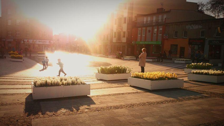 Polonia  Rybnik Fuente Ciudad Plaza La Vista Nostalgia Relaxing Moments Atmosphere Diversion Niños Por La Tarde Water Sunlight Architecture Sky The Architect - 2018 EyeEm Awards