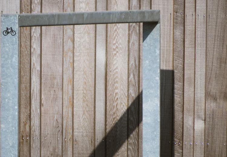 Bikerack Shadow Geometric Shape Wood - Material Backgrounds Close-up Built Structure 17.62°