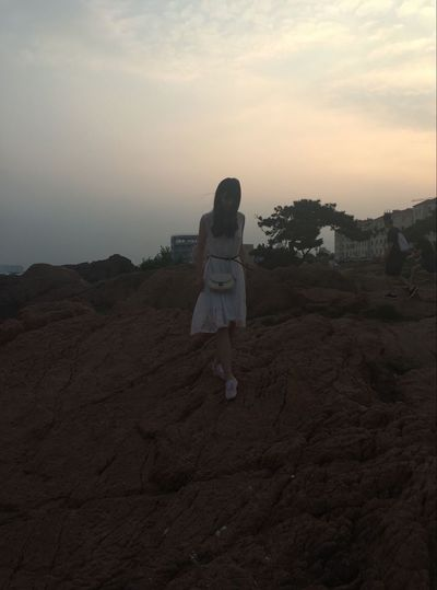Hanging Out That's Me Taking Photos Sunset Sunset_collection Seaside S K Y Qingdao China OpenEdit FreeTime Scenery Girl Freedom Portrait Of A Woman Relaxing Hello World Hi!