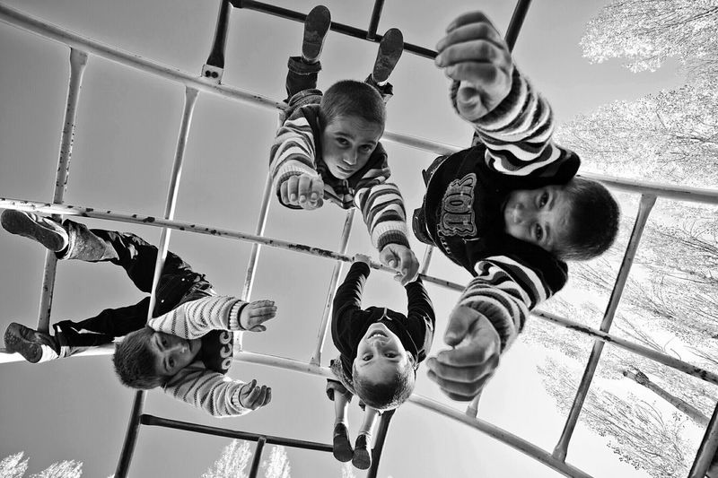 Hello World Hi! OpenEdit Black & White Monochromatic Blackandwhite Photography Dark Photography Shadows & Lights Portrait Peoplephotography People_bw People Children Enjoying Life Life