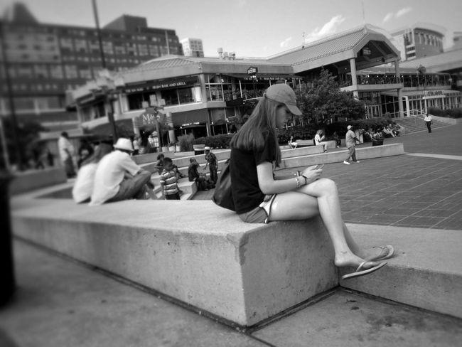 Streetphotography Blackandwhite Streetphoto_bw Summer Girls Streetphotos