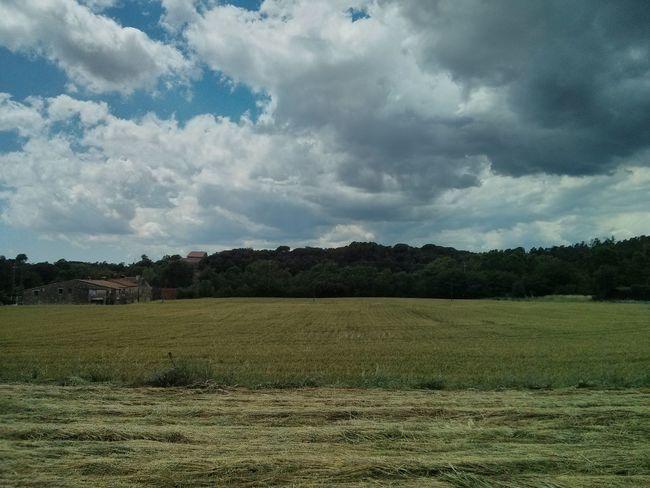 Tarda amb núvols Vilamajor How's The Weather Today?