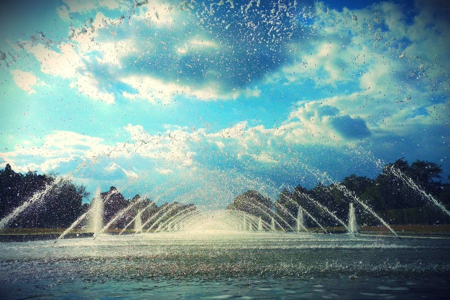 Cloud - Sky Clouds And Sky Day Falling Water Fountain Honor 7 Honor7 Motion Nordpark Nordpark Düsseldorf Outdoors Pool Smartphonephotography Splashing Sun Sunbeam Sunday Sunshine Tranquility Trees Water Water Fountain Water Fountains Waterdrops