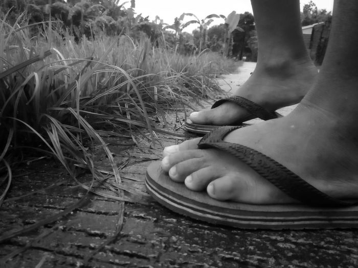 BNW Child Foot Blackandwhite Eyeemphotography Bnwphotography Low Section Human Foot Close-up Foot EyeEmNewHere