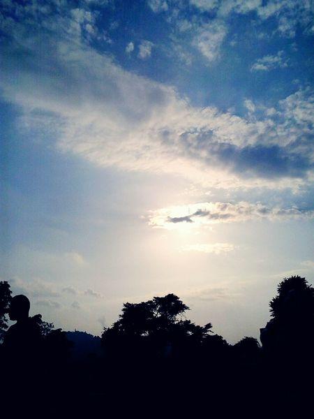 Evening Sky Goodbye Grandfather No nos dejaste, solo te volviste invisible. Sanmartin Sansalvador Sky Clouds And Sky