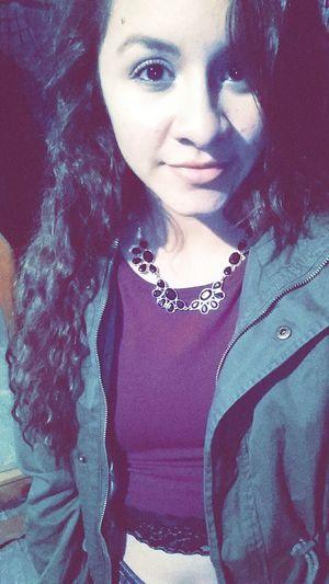 I need friends tbh. Hmu if ur into girls w messy hair. JustKitten Selfie Fabu