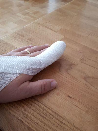 Finger hurts