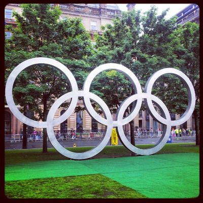 'Olympic Rings in Glasgow' Georgesquare Glasgow  Scotland Olympicrings OlympicGames 2012 Athletics Sculptures igscout igscotland igtube igaddict Igers igdaily Tagstagram instagood instamob instagrammers PicOfTheDay bestoftheday Sports Primeshots