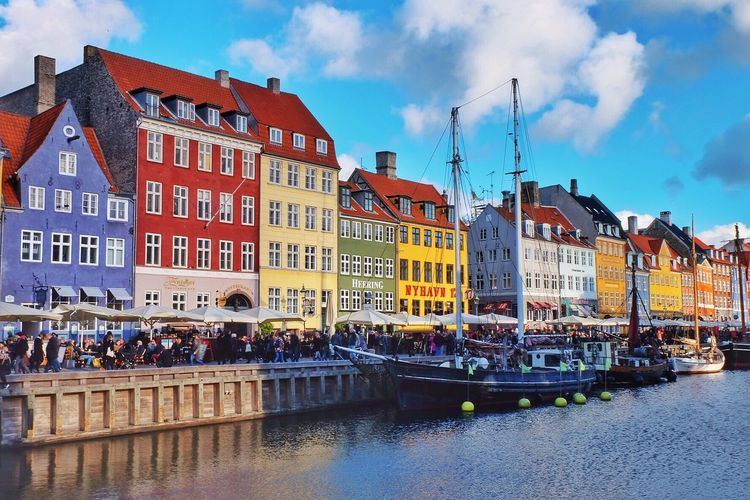 Copenhagen Traveling Having A Weekend Architecture Waterfront Canal Sky Outdoors City Weekend Building Exterior Colorful Fall Eye4photography