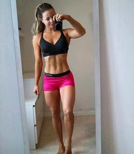 Only Women One Woman Only Sports Clothing Exercising Adults Only One Person Lifestyles Running Shorts Sport Adult People Indoors  Confidence  Healthy Lifestyle Women Portrait One Young Woman Only Gym Day Sports Training First Eyeem Photo SexyGirl.♥ Sexy♡ Sexygirl Sexi