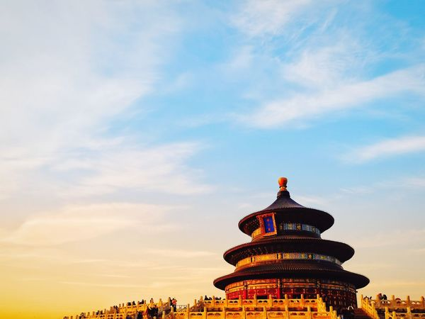 Architecture Sunset History Travel Sky Built Structure Cloud - Sky Cultures Royalty Ancient Civilization Building Exterior Outdoors Cityscape Altar Old Building  Palace Temple Of Heaven Park FUJIFILM X-T10 Beijing, China Light And Shadow Low Angle View Warm Light Travel Warm Day Tourism