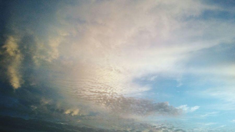 Voyage EyeEmNewHere First Eyeem Photo EyeEm Gallery Terre Rouge Village Saint Laurent Du Maroni Ciels De Guyane Guyane Backgrounds Full Frame Abstract Textured  Storm Cloud Weather Sky Cloud - Sky Sky Only Moody Sky