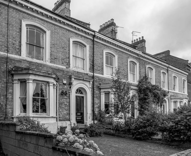 Terrace, Billing Road, Northampton FUJIFILM X-T2 Black And White Monochrome Photography Monochrome Architecture Northampton Street Victorian Architecture billing road