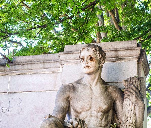 Eyes Graffiti Park Portrait Sculpture Sitting Statue Vandalism