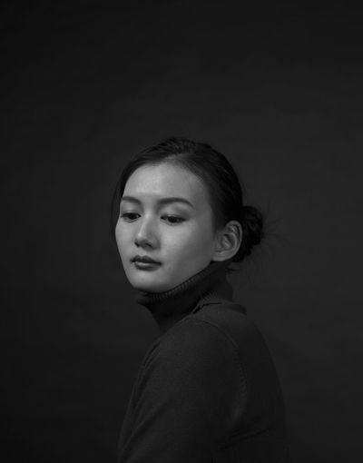Homage to Audrey Hepburn ofYousuf Karsh Homage To Yousuf Karsh Black Background Girl Headshot One Person Real People Side View Young Adult The Portraitist - 2018 EyeEm Awards
