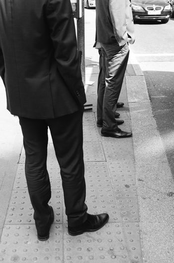 "From ""Suits. Street Elegance"". Full gallery published on my website www.ivandimarcophotography.com Streetphotography Blackandwhite Portrait London People Streetphoto_bw"