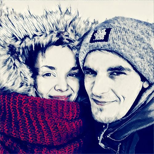 Warm Clothing Winter Outdoors Real People Two People Love Is In The Air