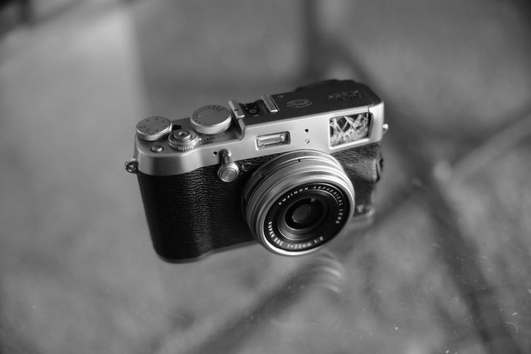 Camera - Photographic Equipment Close-up Day Digital Single-lens Reflex Camera Lens - Eye No People Old-fashioned Photographic Equipment Photography Themes