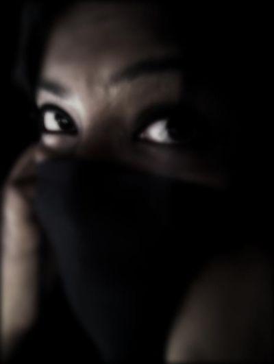 Creative Light And Shadow EyeEm Gallery EyeEm Best Edits EyeEm Best Shots TotalDark BeautyInBlack Black Beauty Trying Creative