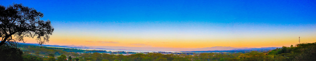 Hanging Out Check This Out Panoramic Photography Evening Glow Enjoying Life Hello World A New Perspective On Life