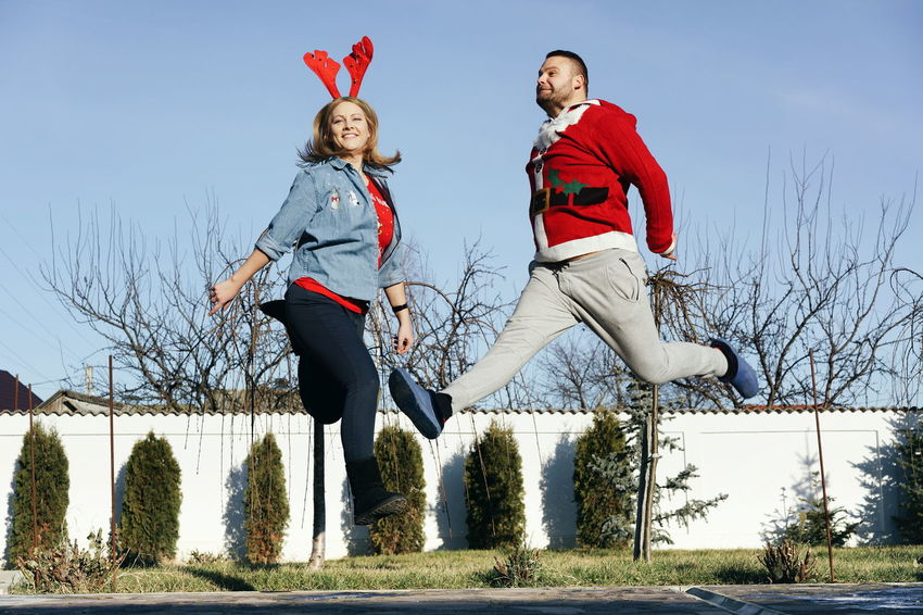 Sckmjnglblls Jump Happiness Joy Adults Only Christmas Clothing Christmas Time Christmas Spirit In The Air Two People People Winter Outdoors Togetherness Full Length Day Cold Temperature Adult EyeEm Ready