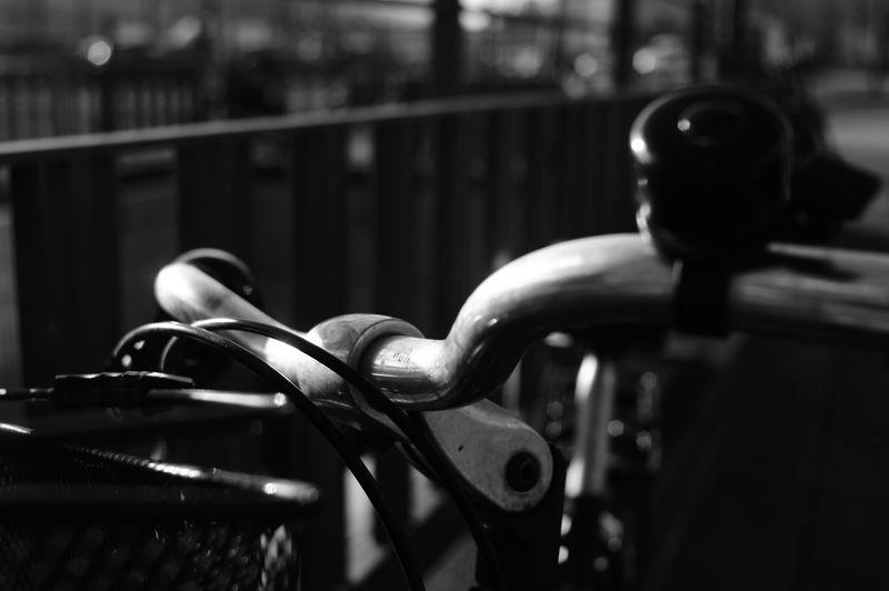 i want to ride my bicycle Close-up Metal Hamburg Speicherstadt Speicherstadthamburg Bicycle Metal Reflection Sunlight Nex3 SonyNex3 Sunnyday Schwarzweißfotografie Blackandwhite Photography Blackandwhite