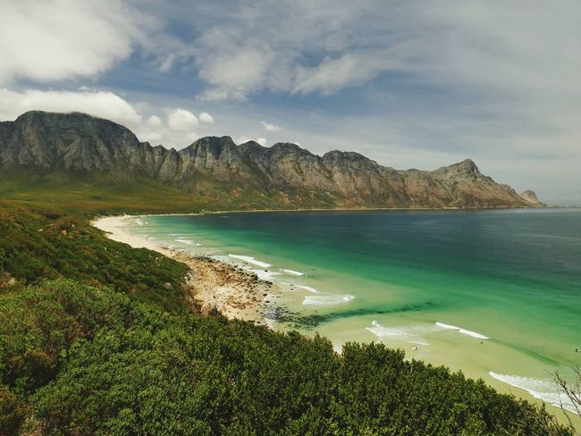 False Bay Coast of South Afrika False Bay Surfer Spot Afrika South Afrika Lumix Fz1000 Sunlight Ozean Beachfront Water Mountain Sea Beach Sand Sky Landscape Horizon Over Water Seascape Rocky Coastline Rock Formation Lagoon Coast