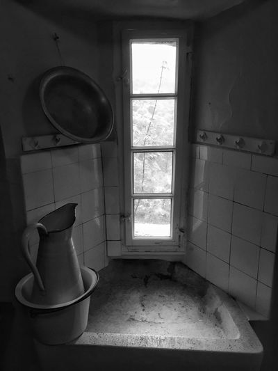 the medieval washing area. Castle Washing Area Kitchen Blackandwhite Black And White Blackandwhite Photography Window Visit A Castle Switzerland Old Castle Tadaa Community Taking Photos Castle Visiting Old Kitchen Old