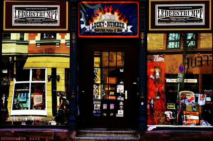 City Saarbrucken Saarland Storefront Stroll Happymoments Springfeeling  Sunshine Pause Lovemyjob 🎈