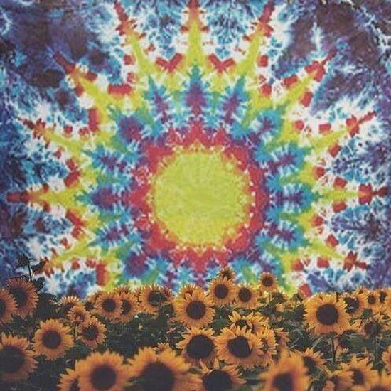 Sun flower . Hippie. Psychedelic