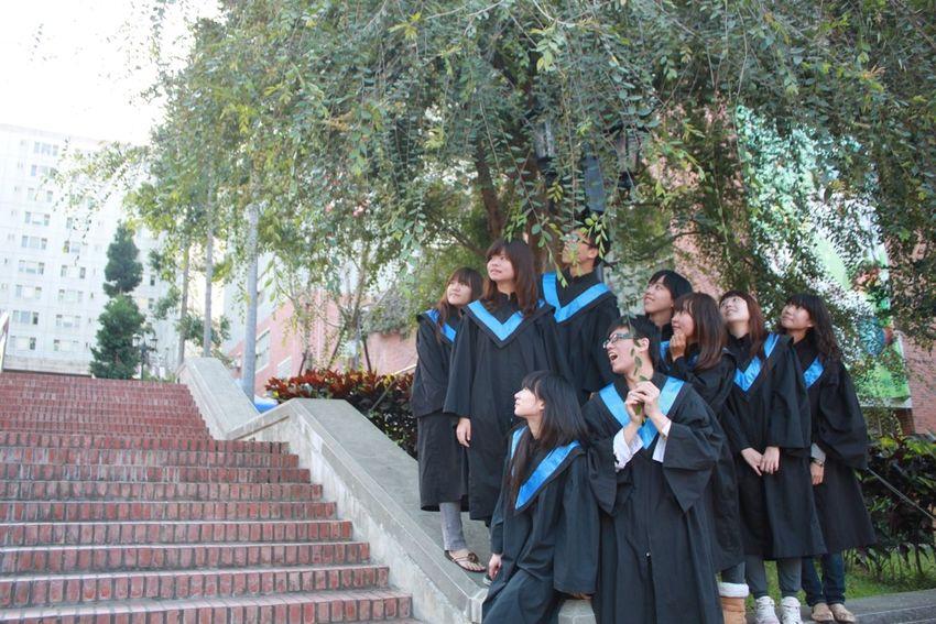 6月是畢業季,真想念當學生的時候。 Enjoying Life Taichung Graduation