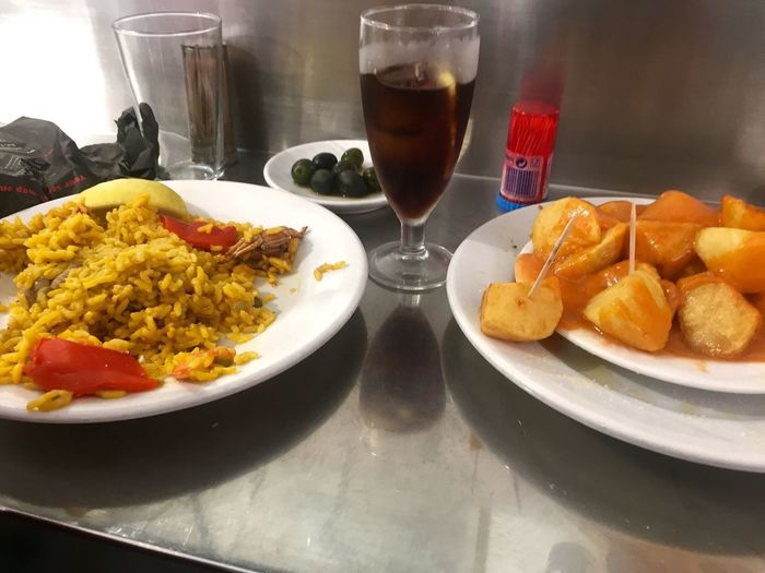 Food And Drink Food Freshness Plate Ready-to-eat Serving Size Drink Indoors  Drinking Glass Refreshment Table Prepared Potato Indulgence No People Healthy Eating Close-up Day Paella 🥘 Tipical Spanish Aceitunas De Campo Real (Madrid) Patatas Bravas Y Vermouth Tipical Of Madrid A Delicious Drink