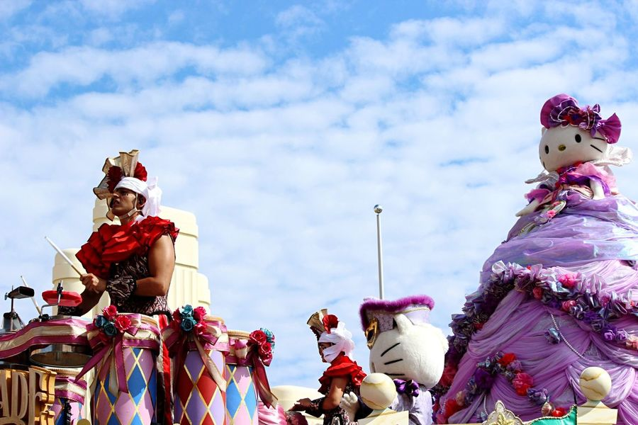Holiday Oosaka  USJ Character Parade Halloween