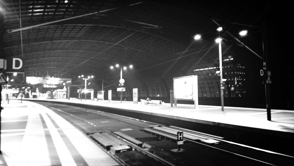 Empty Places Bahnstreik Berlin Check This Out