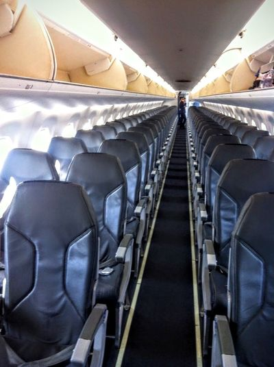 Learn & Shoot: Leading Lines Airplane Airplane Seats EMBRAER 190