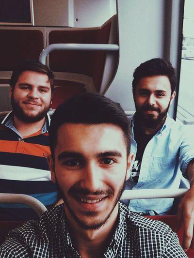 Selfie Dostlar Train
