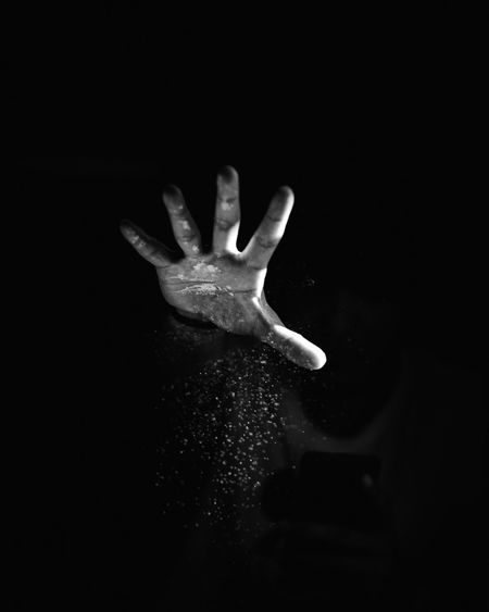 sparkle EyeEm Gallery EyeEm Selects EyeEm Nature Lover #blackandwhite Abstract EyeEm Best Shots Lowlight Light And Shadow Monochrome Blackandwhite Selfie ✌ 85mm 1.8 Nikon Human Hand Palm Defocused Human Finger Close-up