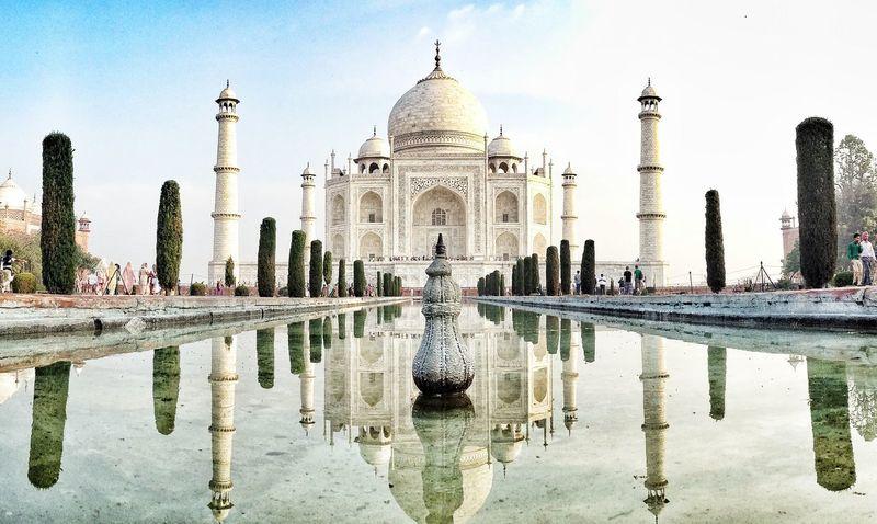 Amazing Architecture The Traveler - 2015 EyeEm Awards IPhoneography IPhone4s