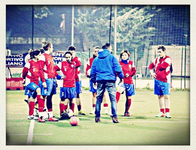 Passione Squadra Calcio Calcioitaliano Calciofemminile #footbal #donne Gruppo #eccellenza Un gruppo, una squadra, un unica passione, un unico obiettivo.. VINCERE.. Atletico Foligno calcio a5 Femminile